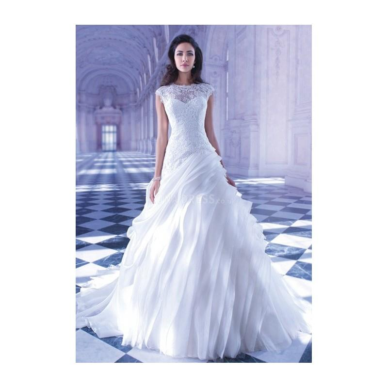 My Stuff, https://www.anteenergy.com/6422-retro-a-line-jewel-neck-organza-lace-floor-length-bridal-g