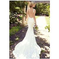 https://www.celermarry.com/essense-of-australia/5255-essense-of-australia-d1841-wedding-dress-the-kn