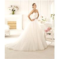 Charming A-line Strapless Beading Feathers/Fur Sweep/Brush Train Tulle Wedding Dresses - Dressesular