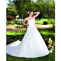 Elegant A-line Strapless Lace Beading Chapel Train Satin&Tulle Wedding Dresses - Dressesular.com