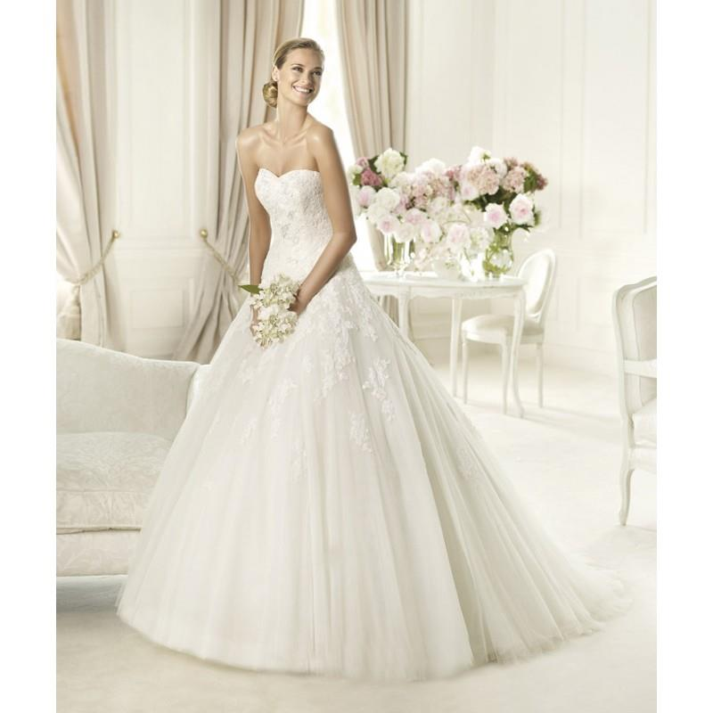 My Stuff, Exquisite A-line Strapless Appliques Lace Sweep/Brush Train Tulle Wedding Dresses - Dresse