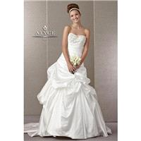 7861 Claudine Bridal - HyperDress.com