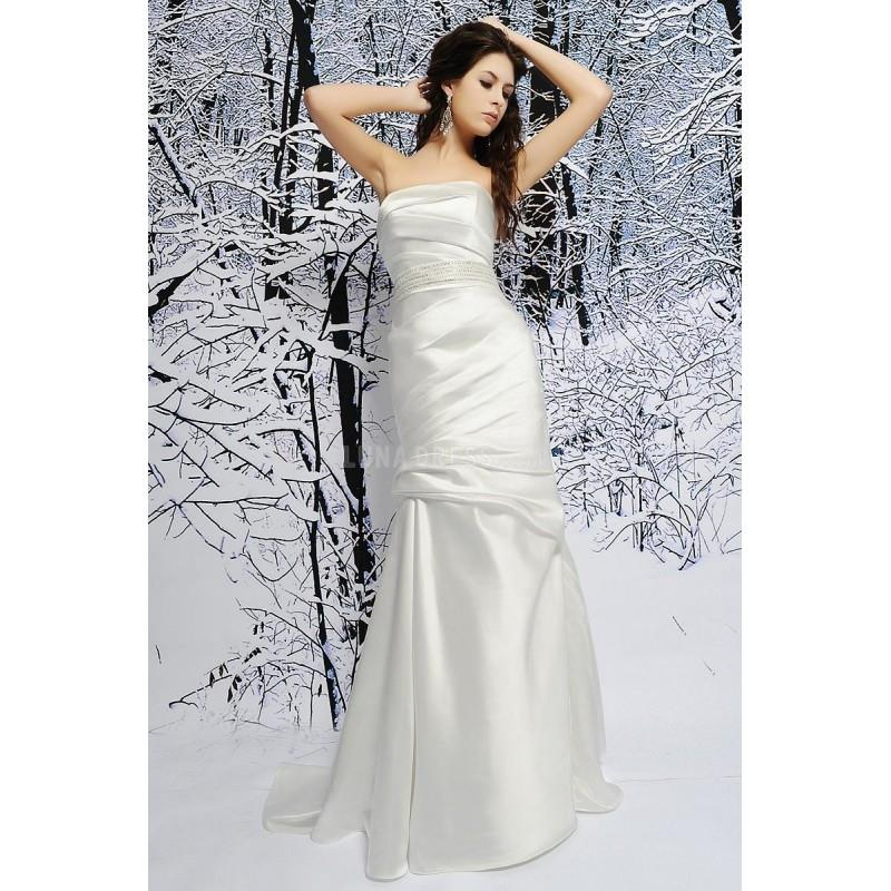 My Stuff, Fabulous Silk Like Satin Fit N Flare Strapless Natural Waist Brush Train Wedding Gown - Co