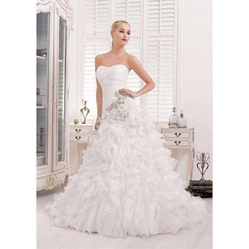 My Stuff, Divina Sposa, 132-14 - Superbes robes de mariée pas cher | Robes En solde | Divers Robes d