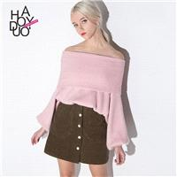 End of autumn and winter ladies ' knitted shirts slim sexy neck strapless fashion Lantern sleeve swe
