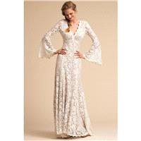 BHLDN Spring/Summer 2018 Lucca Fit & Flare V-Neck Flare Sleeves Vintage Sweep Train Ivory Lace Zippe