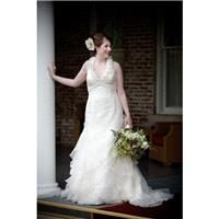 Court Train Ivory V-Neck Wedding Dress Sleeveless Zipper Up Elegant Column Ruffle Tulle Spring Outdo
