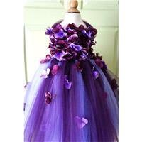 Flower Girl Dress, Tutu Dress, Photo Prop, in Purple and Lavender, Flower Top, Tutu Dress - Hand-mad