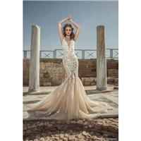 Dany Mizrachi 2018 DM83/17- F/W Sweep Train Sweet Sweetheart Wedding Gown Chapel Train Champagne Swe