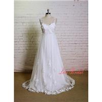 Handmade 3D Flower Style Wedding Dress with Sweetheart Neckline Ivory A-line Bridal Gown with Spaghe