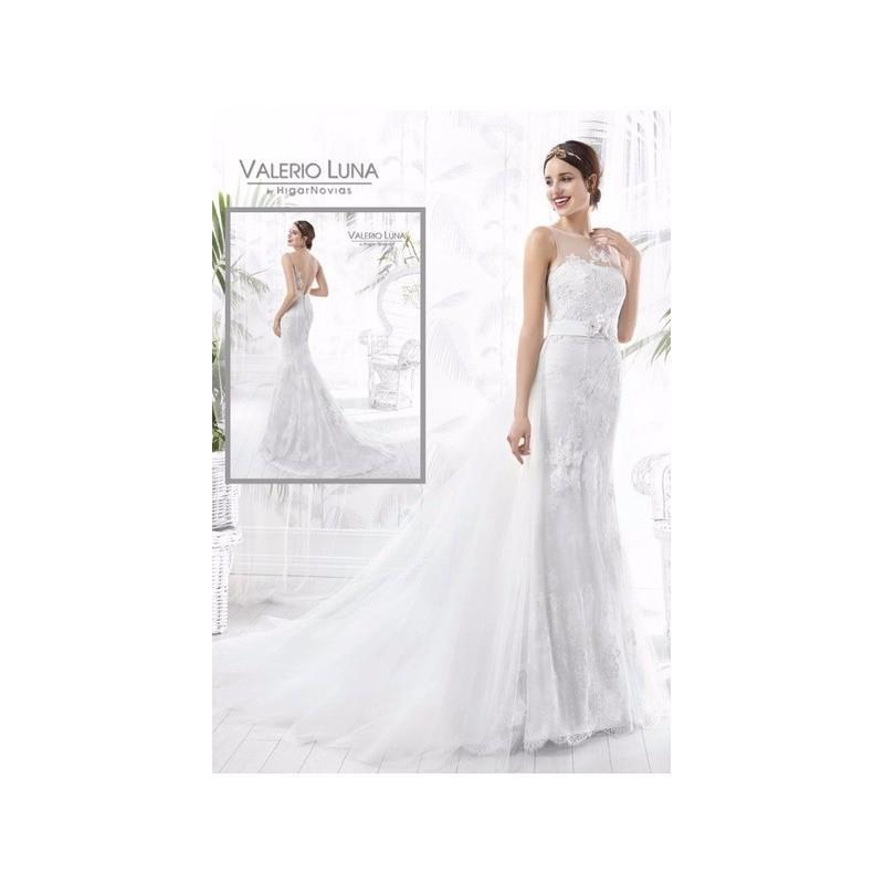 moposa, wedding planning ideas. vestido de novia de valerio luna