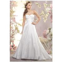 Alfred Angelo Signature Bridal Collection 2409 - A-Line Sweetheart Natural Floor Sweep Lace White La